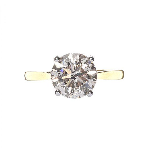 18CT GOLD DIAMOND SOLITAIRE RING at Ross's Online Art Auctions