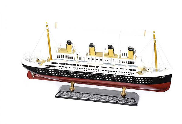 WOODEN MODEL OF TITANIC at Ross's Online Art Auctions