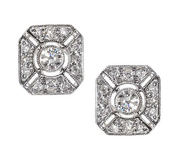 18CT WHITE GOLD DIAMOND EARRINGS at Ross's Online Art Auctions