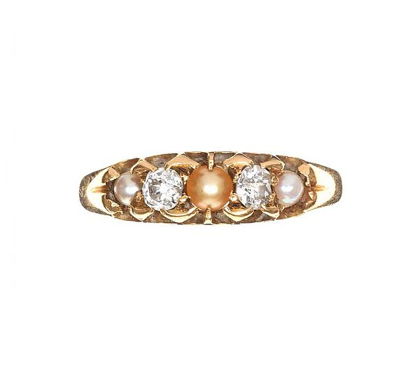 HIGH-CARAT GOLD PEARL AND DIAMOND RING at Ross's Online Art Auctions