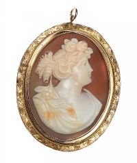9CT GOLD CAMEO PENDANT at Ross's Jewellery Auctions