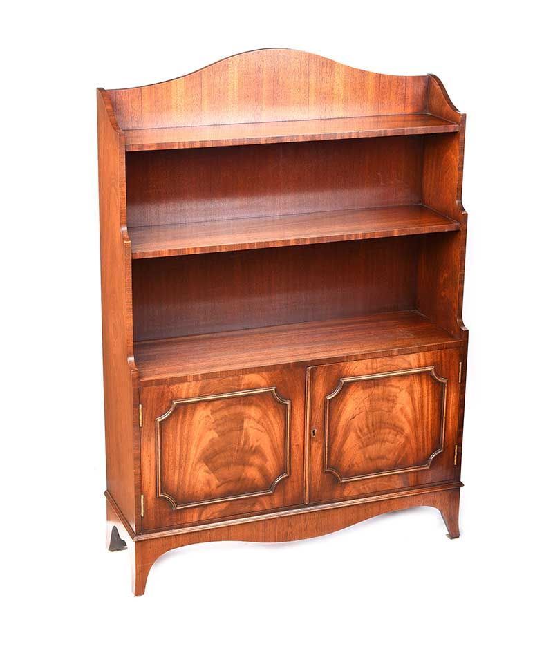 PAIR OF MAHOGANY FIGURED OPEN BOOKCASES at Ross's Online Art Auctions