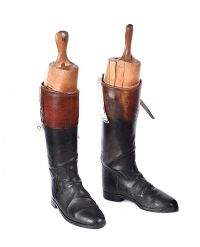 PAIR OF LEATHER RIDING BOOTS & TREES at Ross's Auctions