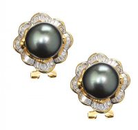 18CT GOLD TAHITIAN PEARL AND DIAMOND EARRINGS at Ross's Auctions