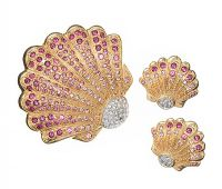 CIRO SHELL BROOCH AND CLIP ON EARRINGS at Ross's Jewellery Auctions