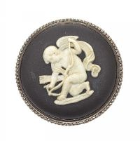 WEDGEWOOD CAMEO BROOCH at Ross's Jewellery Auctions