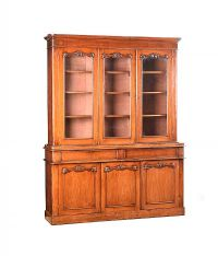 VICTORIAN MAHOGANY THREE DOOR BOOKCASE at Ross's Auctions