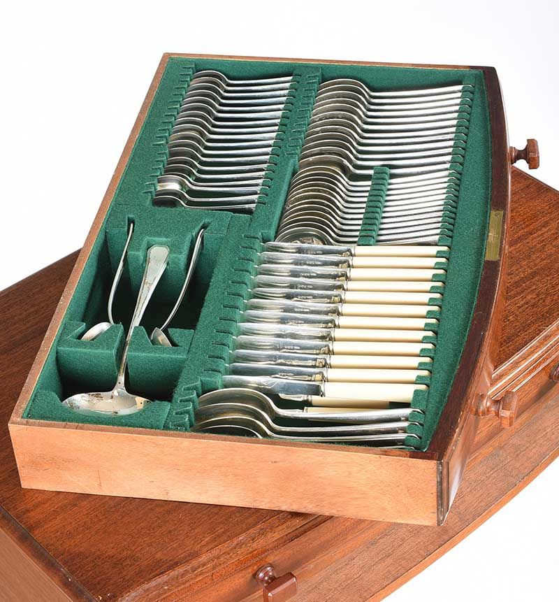 MAHOGANY CASED CANTEEN OF SILVER CUTLERY at Ross's Online Art Auctions