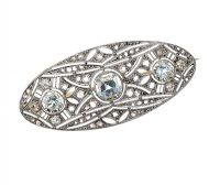 ART DECO PLATINUM-ON-18CT GOLD AQUAMARINE AND DIAMOND BAR BROOCH at Ross's Online Art Auctions