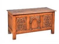 VICTORIAN OAK COFFER at Ross's Auctions