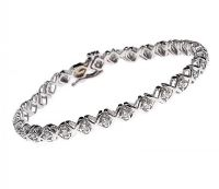 9CT WHITE GOLD DIAMOND TENNIS BRACELET at Ross's Jewellery Auctions