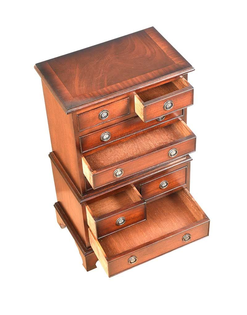MAHOGANY MINIATURE CHEST ON CHEST at Ross's Online Art Auctions