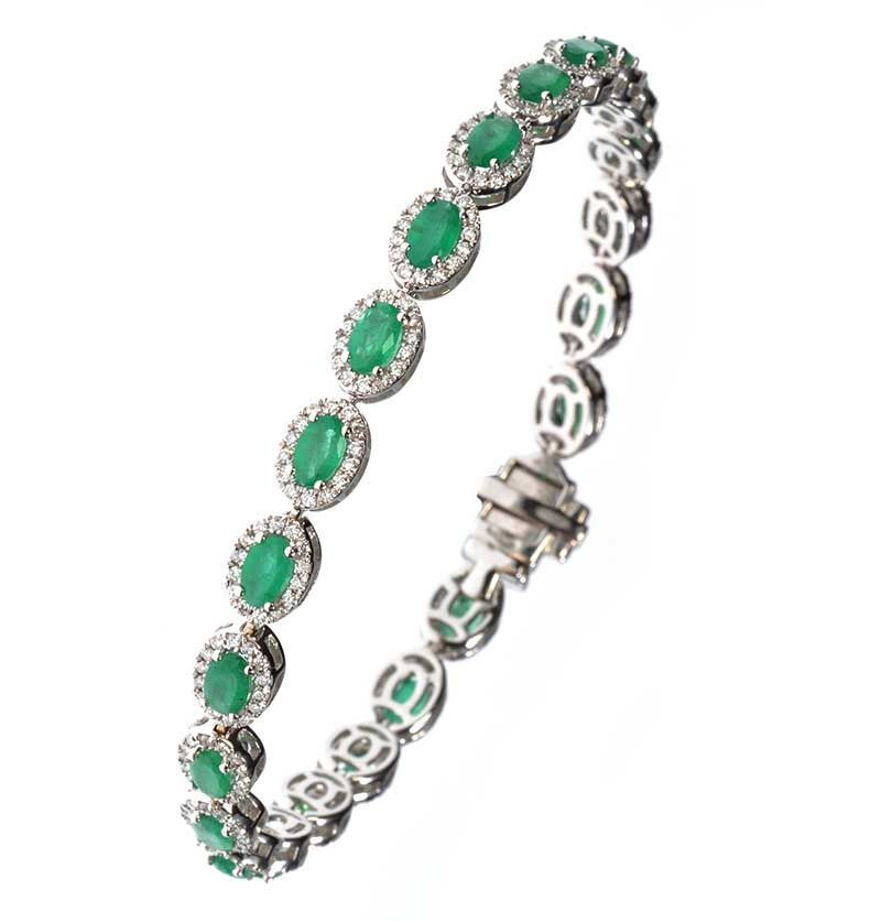 18ct white gold emerald and diamond cluster bracelet