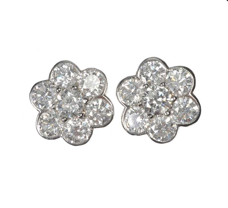 18ct White Gold And Diamond Daisy Cer Earrings At Ross S Online Art Auctions