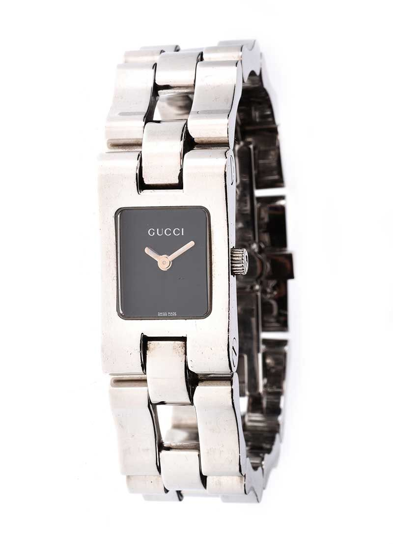 cb2445988bf GUCCI  2305L  STAINLESS STEEL LADY S WRIST WATCH at Ross s Online Art  Auctions ...