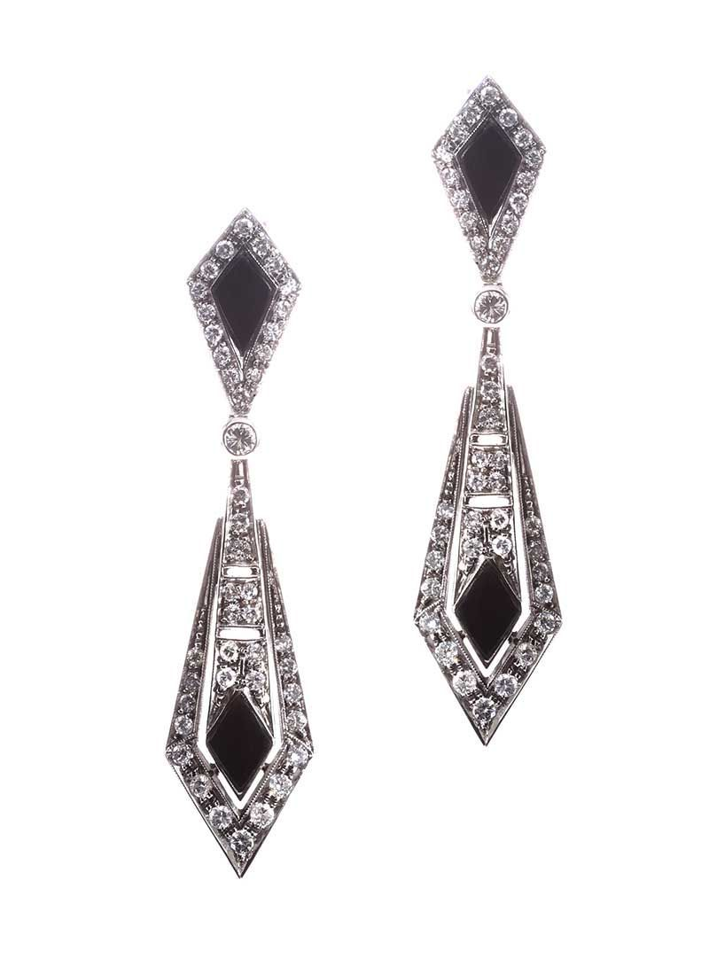87cad064f 18CT WHITE GOLD ONYX AND DIAMOND DROP EARRINGS at Ross's Online Art  Auctions ...
