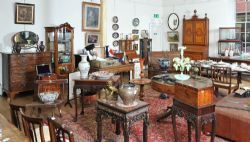 Antiques & Furniture Auctions Now Online